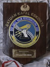 Indonesie-Wapenschild-Eskort-schip-blauwe-box